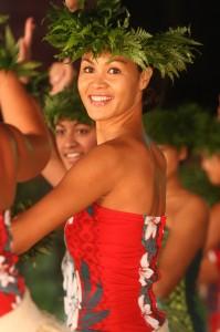 Danseuse de Ori Tahiti @ Grégory Boissy