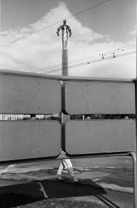 Photo d'Igor Moukhin – Monument de Youri Gagarine, Moscou, 1990