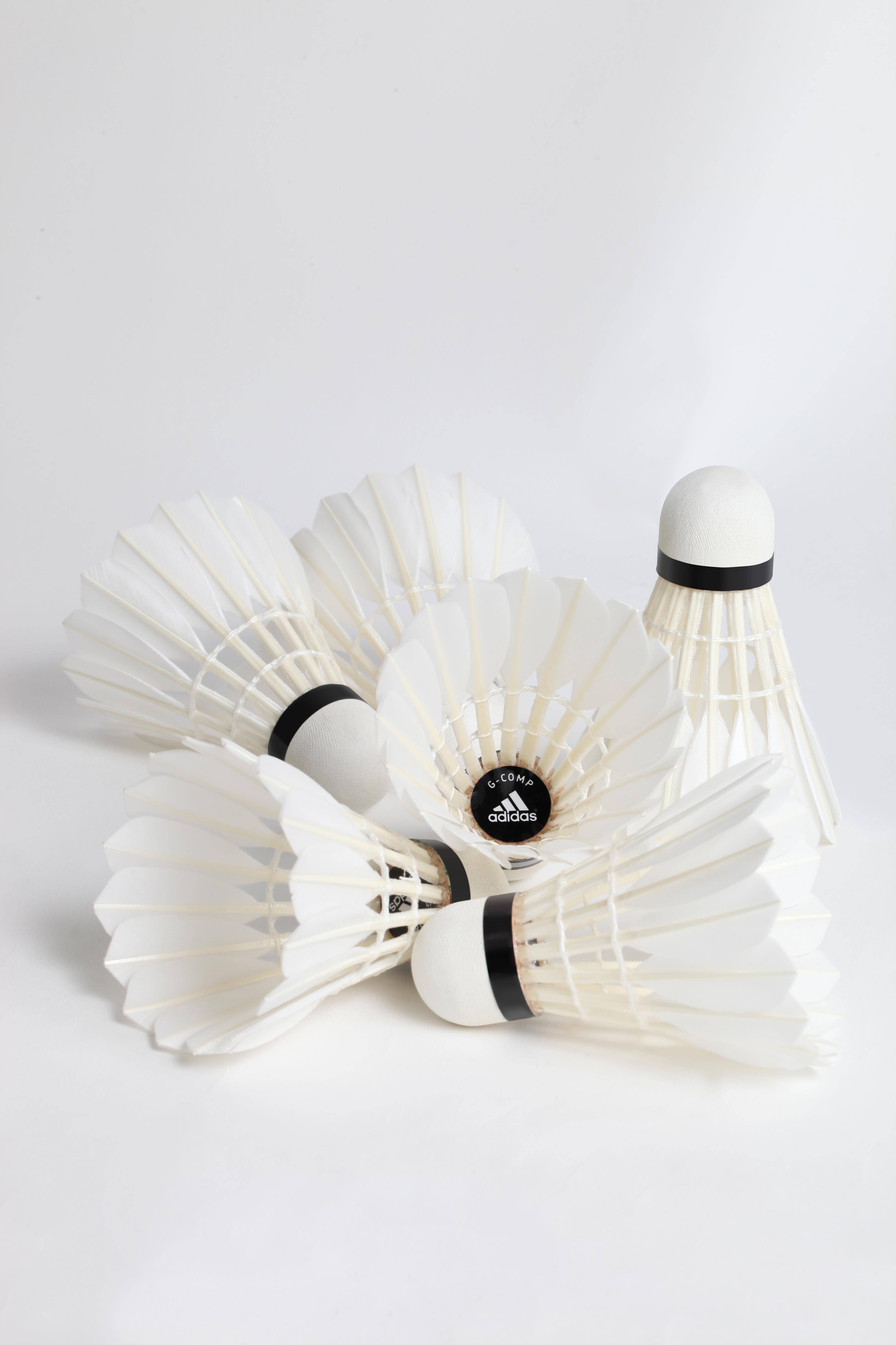 les volants adidas badminton