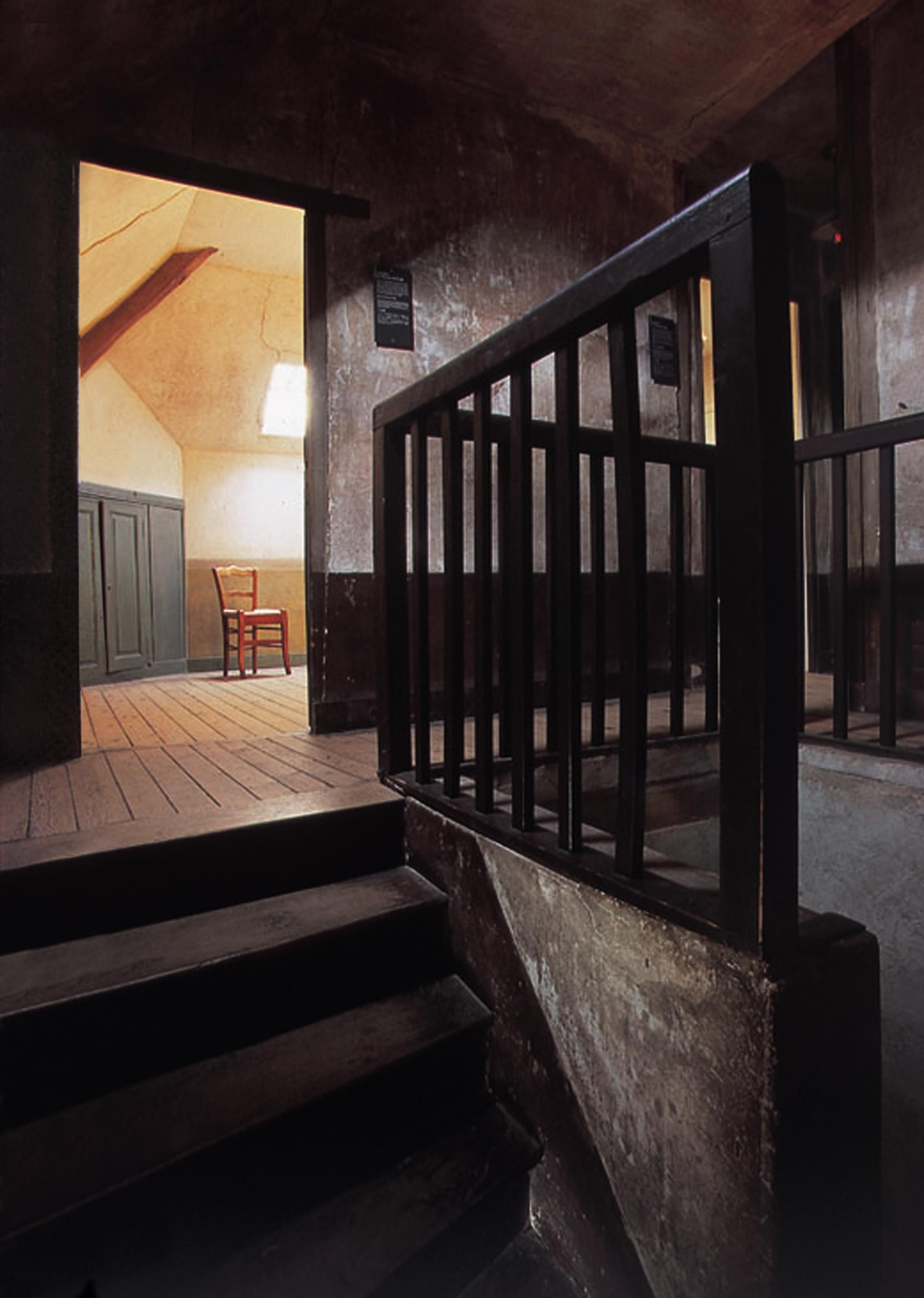 Sur les pas de Van gogh - AubergeRavoux-023-Chambre Van Gogh Ht def.@InstitutVanGogh