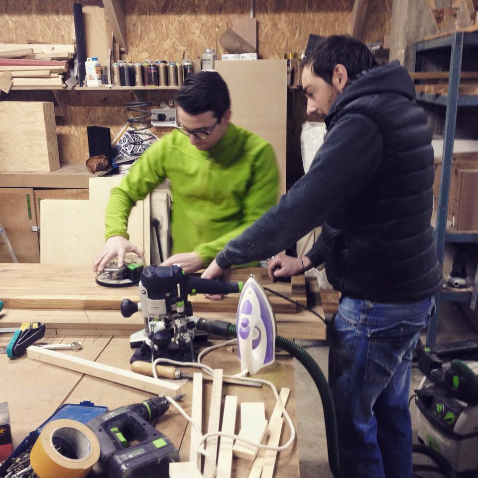 """L'atelier """"DIY : 4 jours pour fabriquer votre meuble"""" chez ICI Montreuil (crédit photo : Julien Dominguez)"""