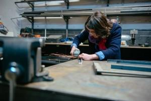 L'atelier soudage avec Cécile chez ICI Montreuil (crédit photo : Julien Dominguez)